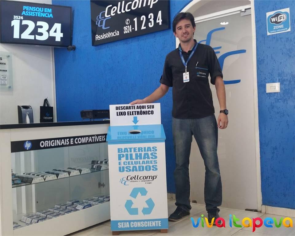 Empresa realiza coleta e conscientiza clientes sobre destinação correta de lixo eletrônico