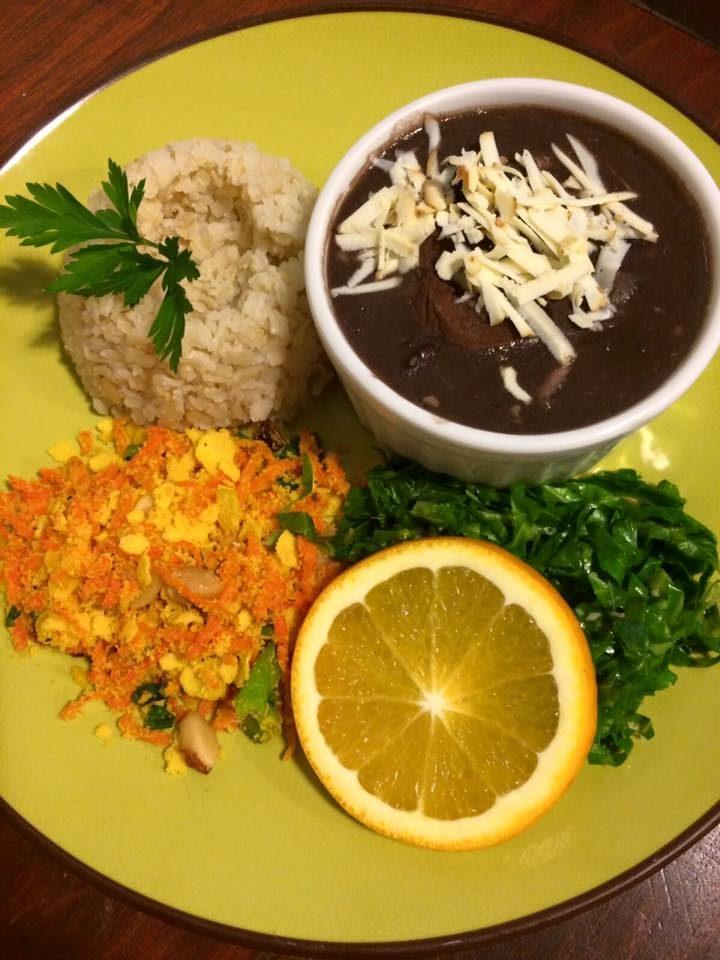 Feijoada vegetariana é um dos hits da casa, aberta de segunda à sexta