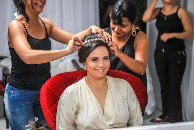 Salão Cintia Beauty abre SPA para noivas