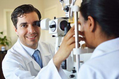 Catarata é a principal causa de cegueira reversível do mundo