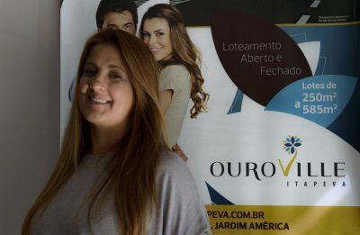 A empresária Mônica Macedo atua no setor imobiliário e adquiriu lote no Ouroville