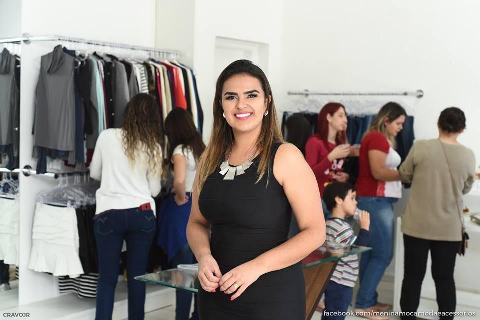 A empresária Roberta Lemos na inauguração da loja Menina Moça (Foto: Cravo Júnior/Vision Foto e Filme)