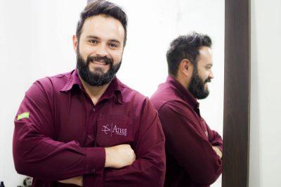 Claiton Emanuel de Almeida, proprietário da marca Athiê