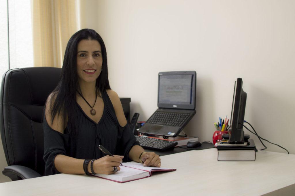 A advogada Cybele Cameron é especialista em Direito Empresarial e Trabalhista