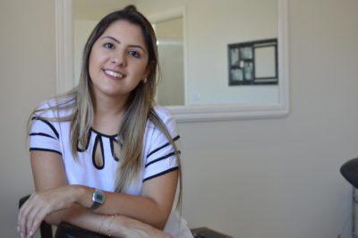 Milene Loureiro é a responsável pelos serviços de micropigmentação