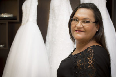 Gisele Freitas celebra sucesso profissional