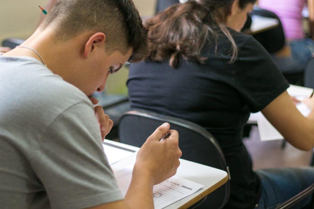 Faculdade Anhanguera disponibiliza bolsas integrais de estudo