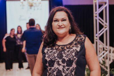 Gisele Freitas encanta noivas e convidados com desfile especial