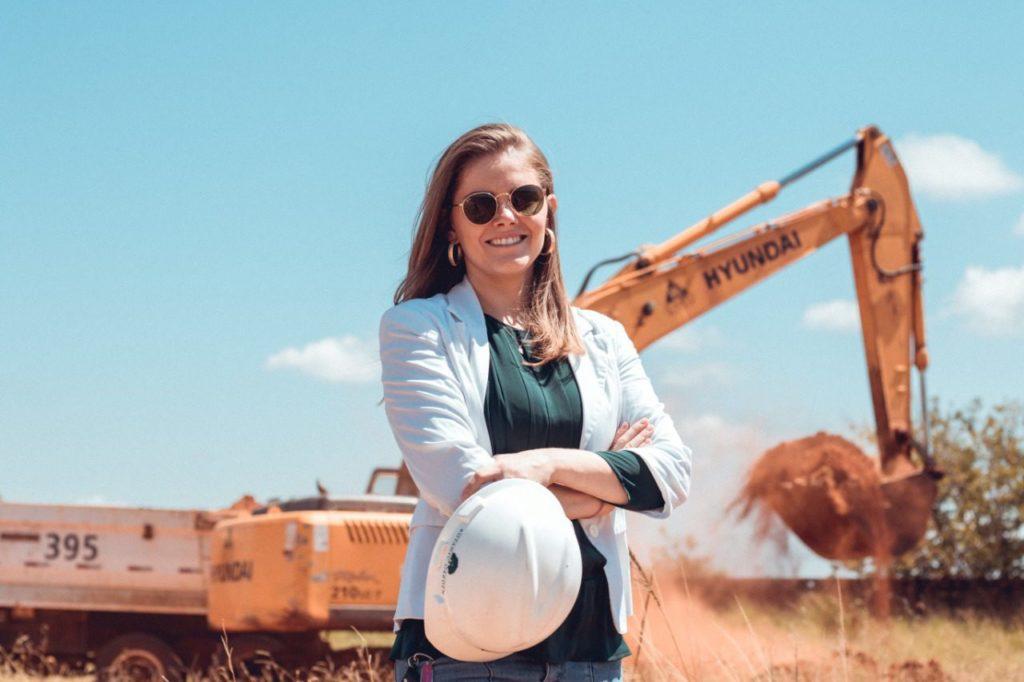 A engenheira Daniela Butzer fala sobre o bom momento para a construção civil no município