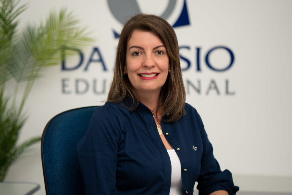 Dra Renata Domingues, proprietária do Damásio Educacional - Polo Itapeva